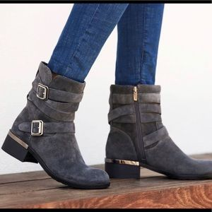 Beautiful Vince Camuto Webey Moto Bootie/Boot